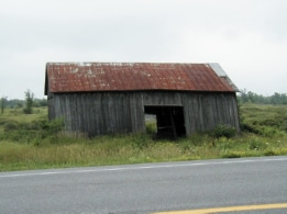 Barn, Route 411